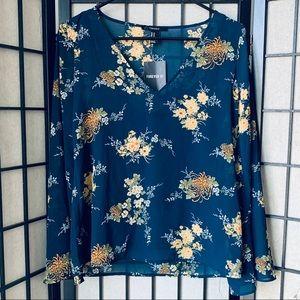 Forever 21 NWT blue floral blouse sz M